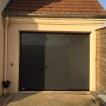 porte da garage 2400x2000 gris ral 7016 avec portillon